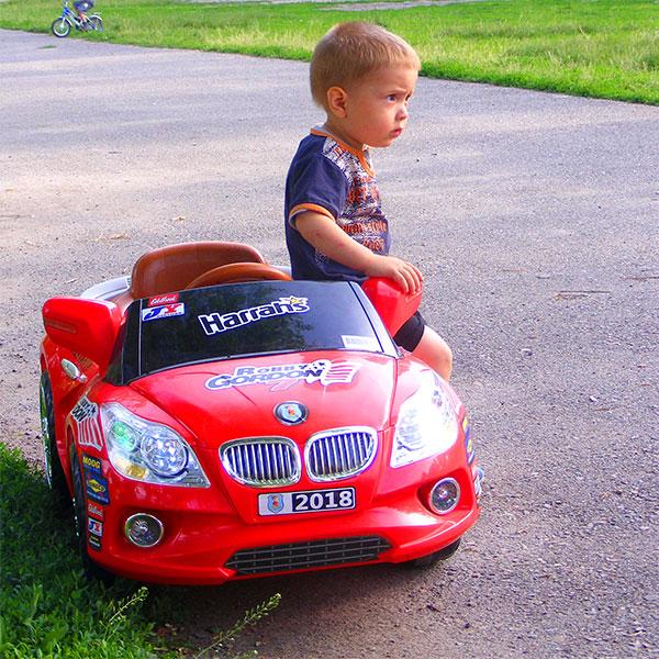 Купить детский электромобиль в Алматы